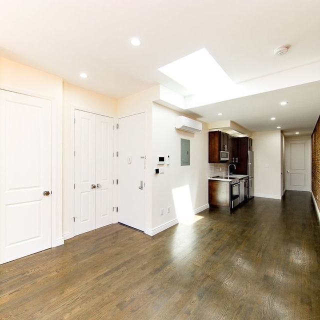 2 Bedrooms, East Williamsburg Rental in NYC for $3,390 - Photo 1
