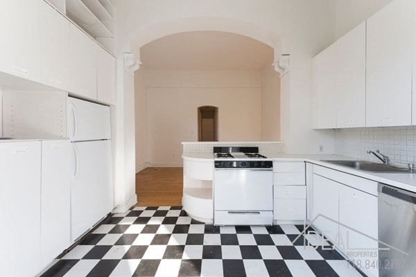 1 Bedroom, Cobble Hill Rental in NYC for $3,600 - Photo 2