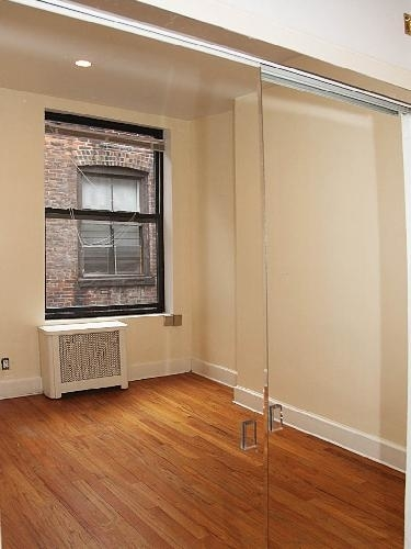 2 Bedrooms, Midtown East Rental in NYC for $3,400 - Photo 2