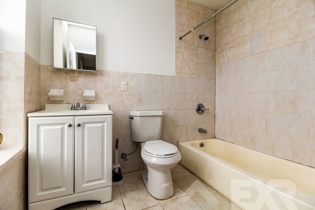 3 Bedrooms, Ocean Hill Rental in NYC for $2,550 - Photo 2