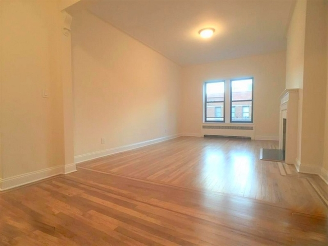 2 Bedrooms, Yorkville Rental in NYC for $3,650 - Photo 2