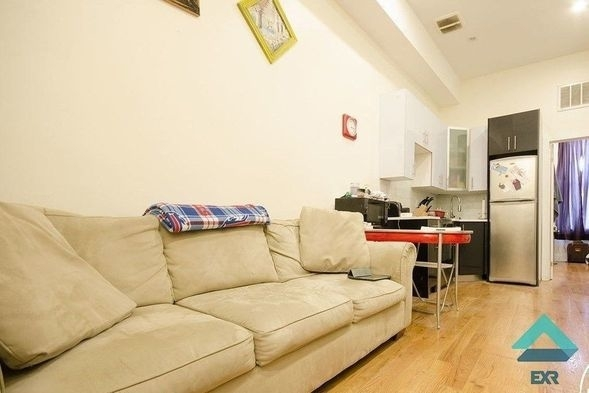 2 Bedrooms, East Williamsburg Rental in NYC for $2,290 - Photo 1