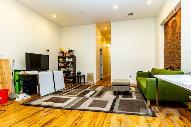 4 Bedrooms, Bedford-Stuyvesant Rental in NYC for $3,850 - Photo 1
