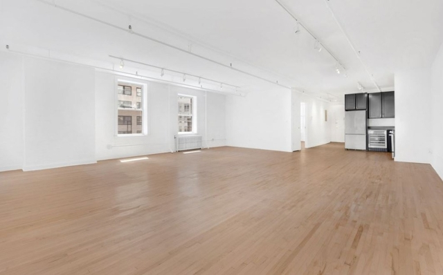 1 Bedroom, Financial District Rental in NYC for $5,075 - Photo 2