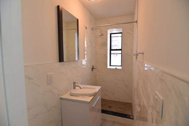 4 Bedrooms, Ocean Hill Rental in NYC for $2,350 - Photo 2