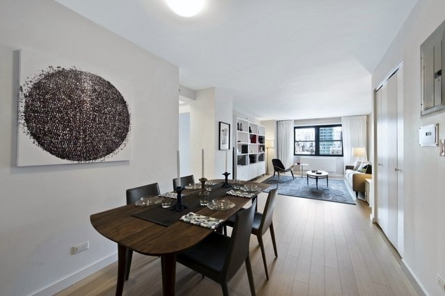 Room, East Village Rental in NYC for $1,560 - Photo 1