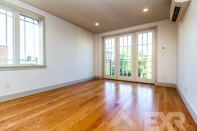 2 Bedrooms, East Williamsburg Rental in NYC for $3,437 - Photo 2
