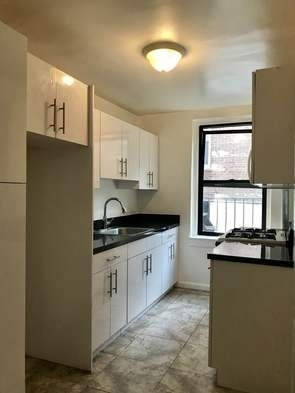 3 Bedrooms, Sunnyside Rental in NYC for $2,900 - Photo 2