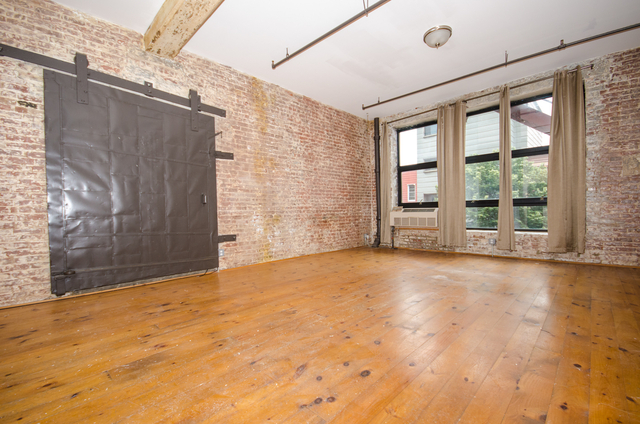 3 Bedrooms, East Williamsburg Rental in NYC for $5,100 - Photo 1