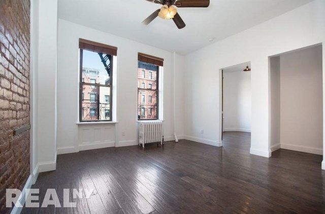 2 Bedrooms, East Village Rental in NYC for $4,615 - Photo 2
