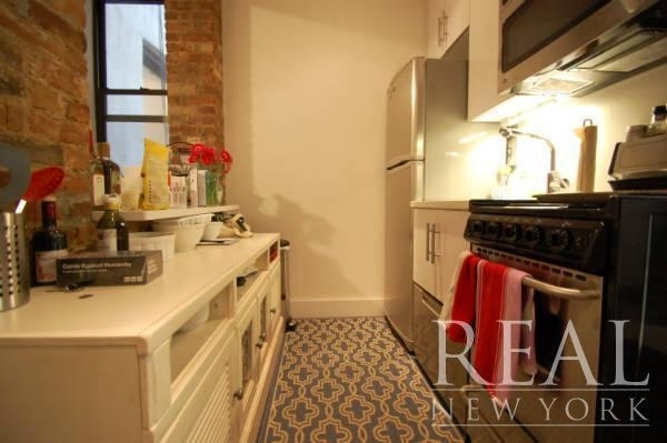 3 Bedrooms, Bowery Rental in NYC for $4,629 - Photo 2