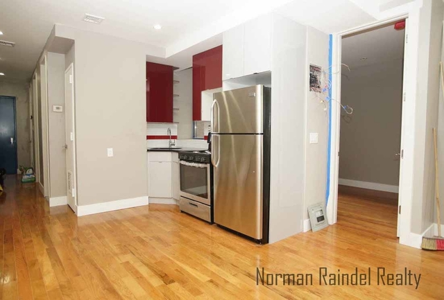 4 Bedrooms, Ocean Hill Rental in NYC for $2,700 - Photo 1