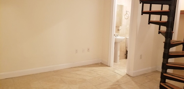 2 Bedrooms, Lincoln Square Rental in NYC for $3,650 - Photo 2