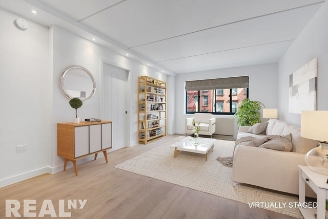 1 Bedroom, Two Bridges Rental in NYC for $3,772 - Photo 2