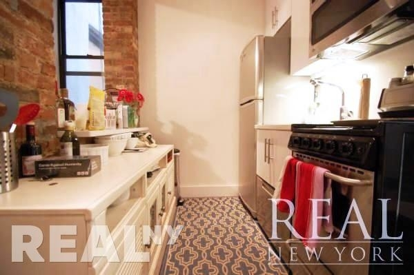 3 Bedrooms, Cooperative Village Rental in NYC for $4,583 - Photo 2