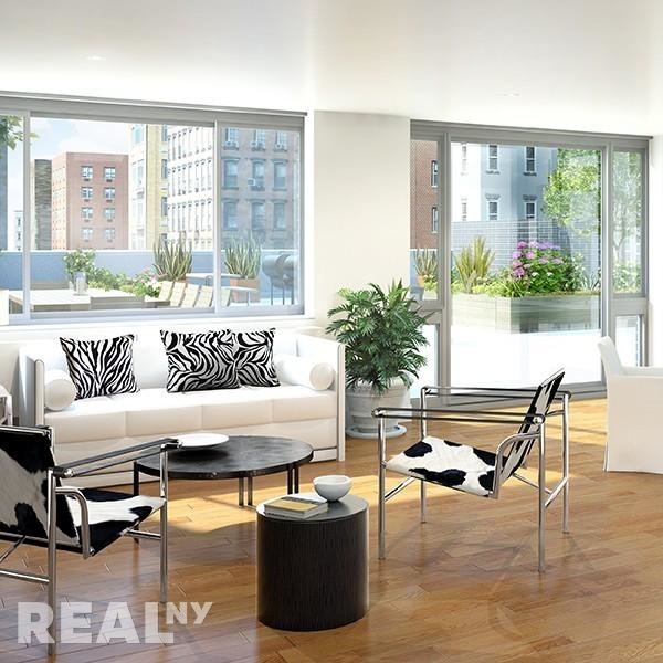 2 Bedrooms, Alphabet City Rental in NYC for $3,480 - Photo 2