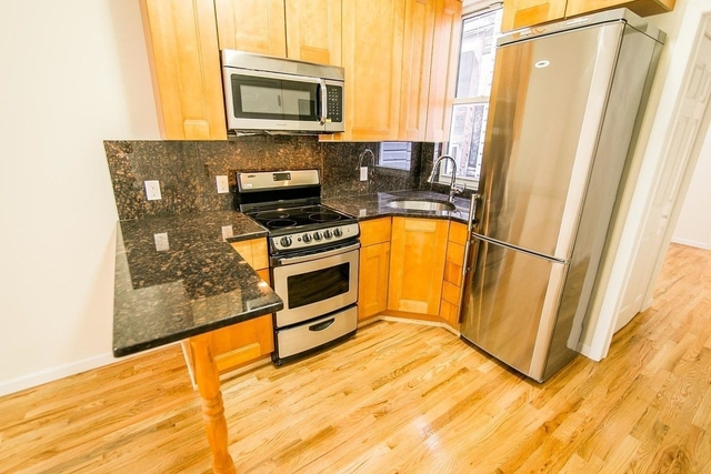 3 Bedrooms, Greenpoint Rental in NYC for $2,950 - Photo 2
