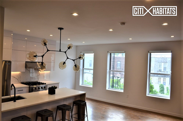 3 Bedrooms, Astoria Rental in NYC for $5,000 - Photo 1