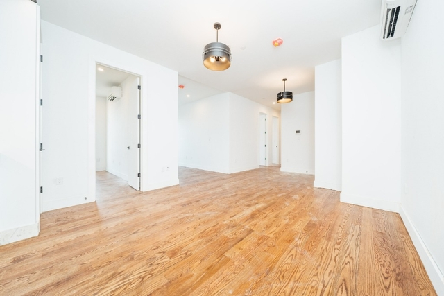 4 Bedrooms, Civic Center Rental in NYC for $3,700 - Photo 1