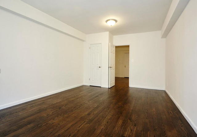 3 Bedrooms, Carnegie Hill Rental in NYC for $8,295 - Photo 2