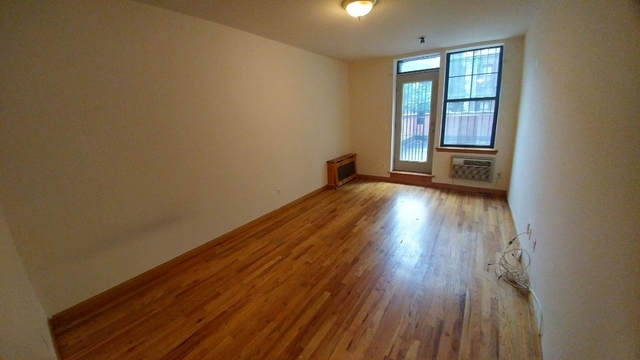 Studio, Upper West Side Rental in NYC for $2,290 - Photo 2