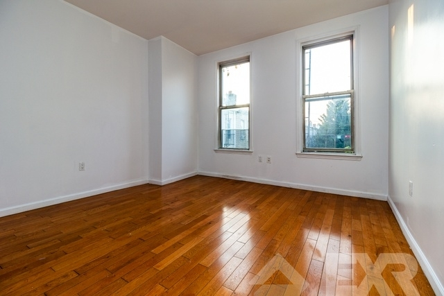 2 Bedrooms, Greenpoint Rental in NYC for $3,800 - Photo 2