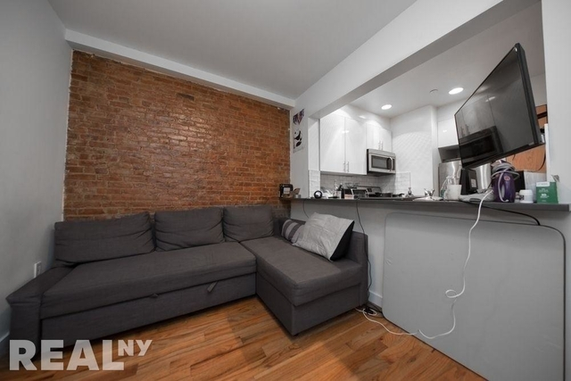 4 Bedrooms, East Village Rental in NYC for $6,325 - Photo 2