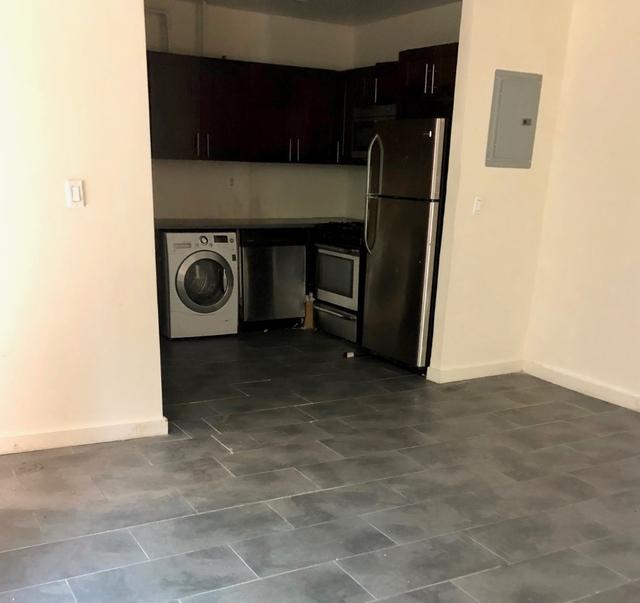 2 Bedrooms, Mott Haven Rental in NYC for $1,800 - Photo 2