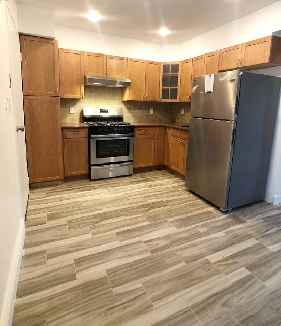 3 Bedrooms, Jackson Heights Rental in NYC for $2,200 - Photo 1