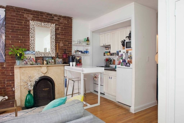 Studio, Lenox Hill Rental in NYC for $2,050 - Photo 2