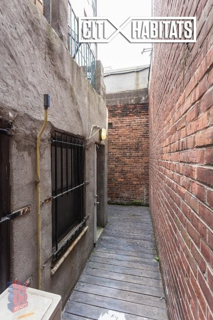 1 Bedroom, East Village Rental in NYC for $3,203 - Photo 2