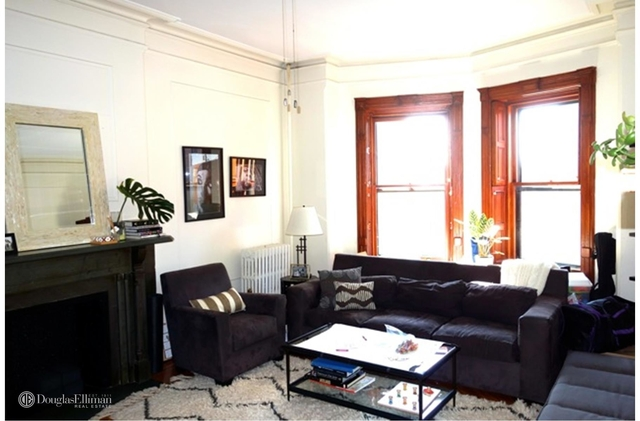 2 Bedrooms, North Slope Rental in NYC for $3,975 - Photo 1