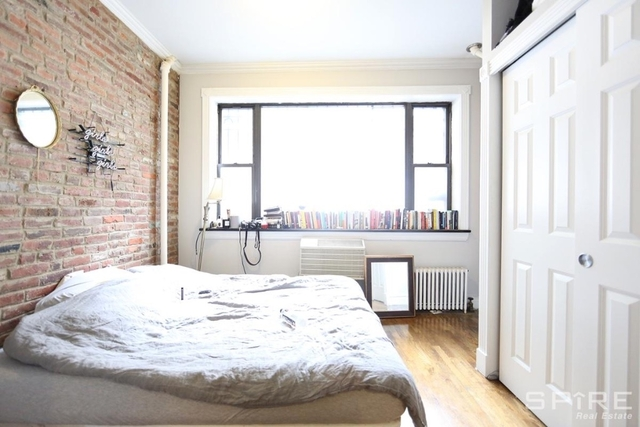 2 Bedrooms, East Village Rental in NYC for $3,924 - Photo 2