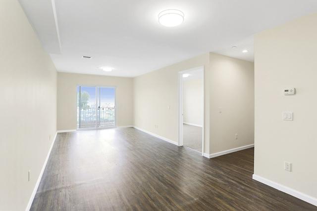 1 Bedroom, Seaside Rental in NYC for $1,650 - Photo 1