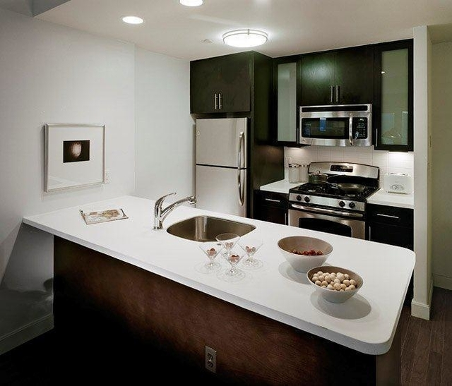 2 Bedrooms, Long Island City Rental in NYC for $3,495 - Photo 1