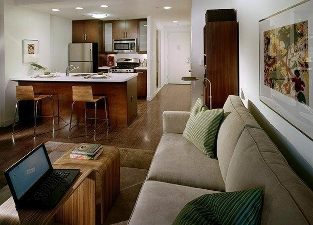 2 Bedrooms, Long Island City Rental in NYC for $3,495 - Photo 2