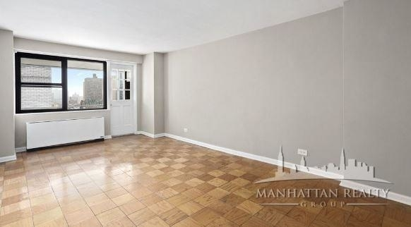 1 Bedroom, Carnegie Hill Rental in NYC for $3,300 - Photo 1