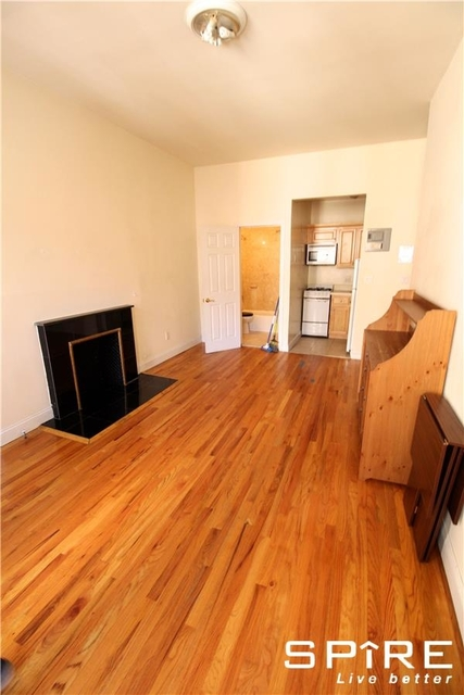 1 Bedroom, Upper West Side Rental in NYC for $2,400 - Photo 2