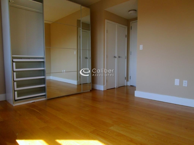 1 Bedroom, Chelsea Rental in NYC for $4,649 - Photo 2