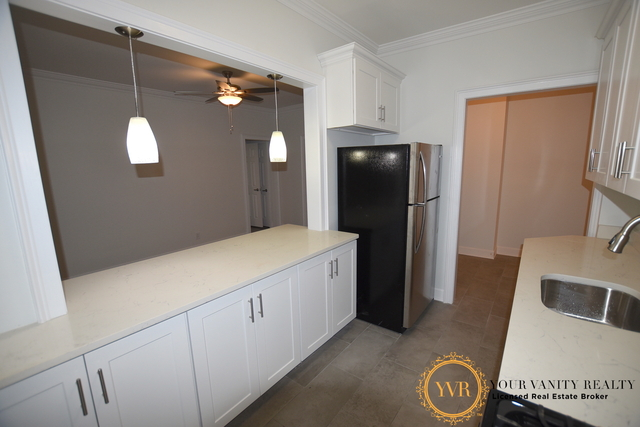 3 Bedrooms, Sunnyside Rental in NYC for $3,675 - Photo 2