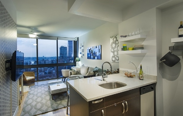 Studio, Manhattan Valley Rental in NYC for $3,165 - Photo 1