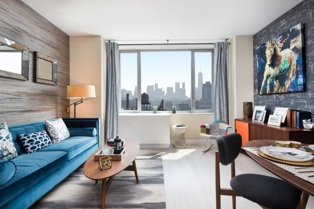 2 Bedrooms, Astoria Rental in NYC for $4,196 - Photo 2
