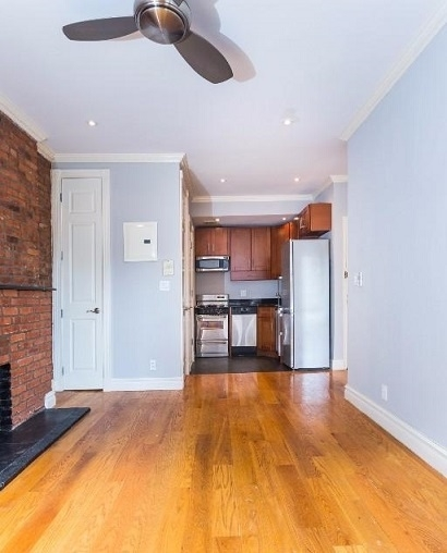 1 Bedroom, West Village Rental in NYC for $4,095 - Photo 2