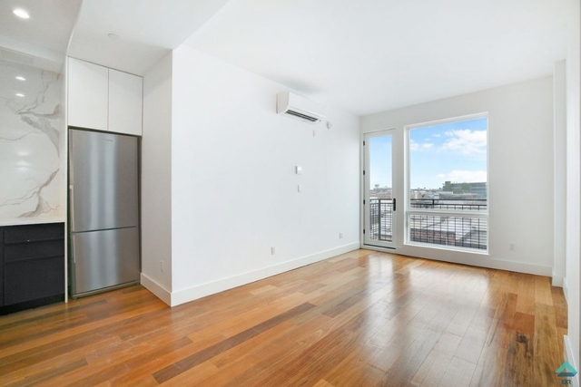 Studio, Greenpoint Rental in NYC for $2,429 - Photo 1