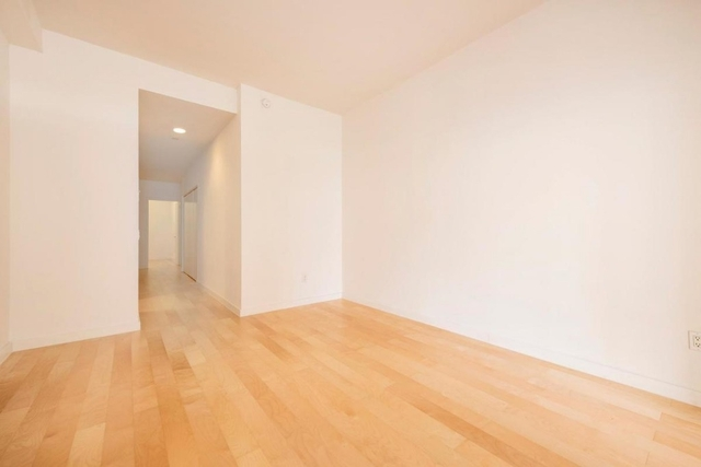 1 Bedroom, Financial District Rental in NYC for $3,998 - Photo 2