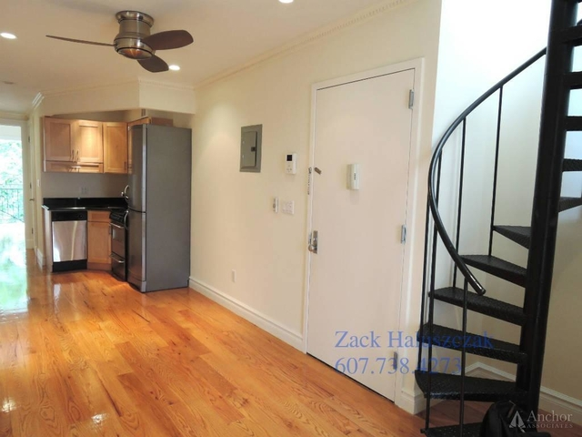 2 Bedrooms, East Village Rental in NYC for $4,580 - Photo 2