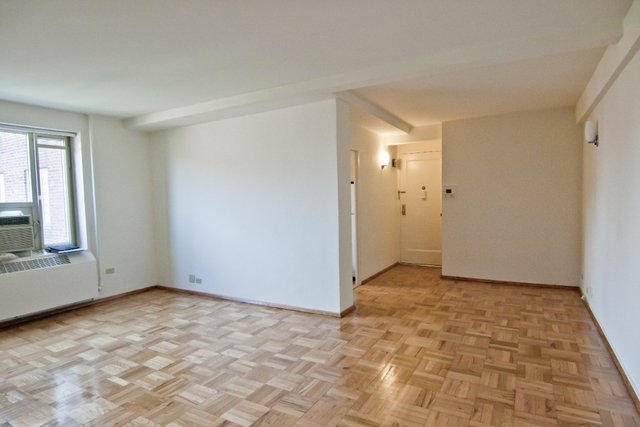 Room, East Village Rental in NYC for $1,800 - Photo 1