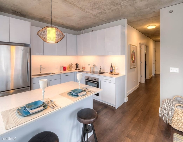 1 Bedroom, River North Rental in Chicago, IL for $2,473 - Photo 2