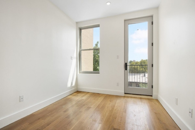 3 Bedrooms, Bedford-Stuyvesant Rental in NYC for $2,849 - Photo 2