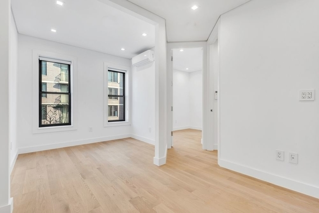 2 Bedrooms, SoHo Rental in NYC for $3,972 - Photo 1